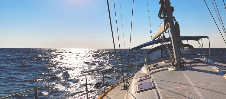 Sailing boat 1